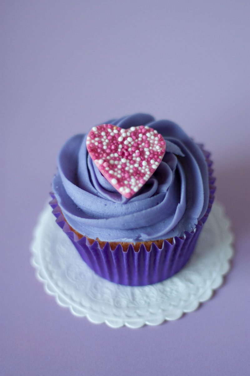Heart Cupcake - That Girl Cartier