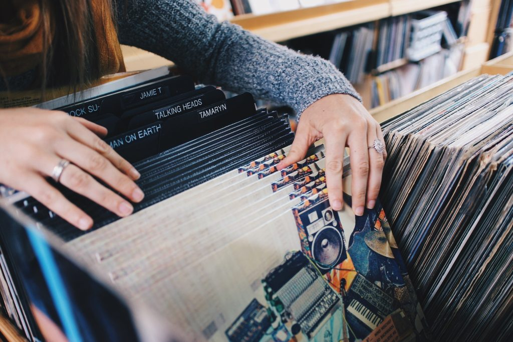 records, vinyl, shopping, influencer